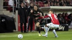 /?proxy=REDAKTION/Saison/VfB/2011-2012/Mainz-VfB1112_1_255x143.jpg