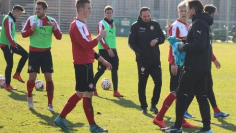/?proxy=REDAKTION/News/2015-2016/VfB_II/Andreas-Hinkel-464.jpg