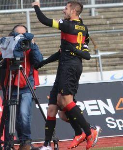 /?proxy=REDAKTION/Saison/VfB_II/2015-2016/15_16-Koeln-VfB-II-255.jpg