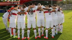 /?proxy=REDAKTION/Saison/Jugend/U19/U19-1516-Teamkreis-vor-dem-NLZ-255x143.jpg