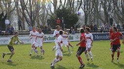 /?proxy=REDAKTION/Saison/VfB_II/2010-2011/20110329_VfBII-SG_Sonnenhof_255x143.jpg