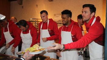 Der VfB unterstützt die Stuttgarter Vesperkirche