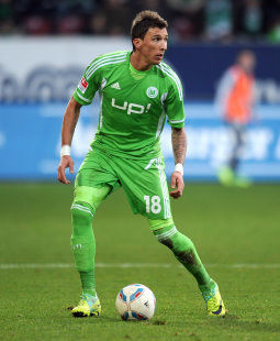 /?proxy=REDAKTION/News/2011-2012/News/Vorbericht_Wolfsburg-VfB_255x310.jpg