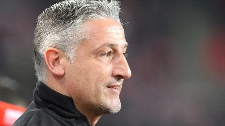 /?proxy=REDAKTION/News/2015-2016/20160204-PK-vor-Eintracht-Frankfurt-VfB-1516-464x261.jpg