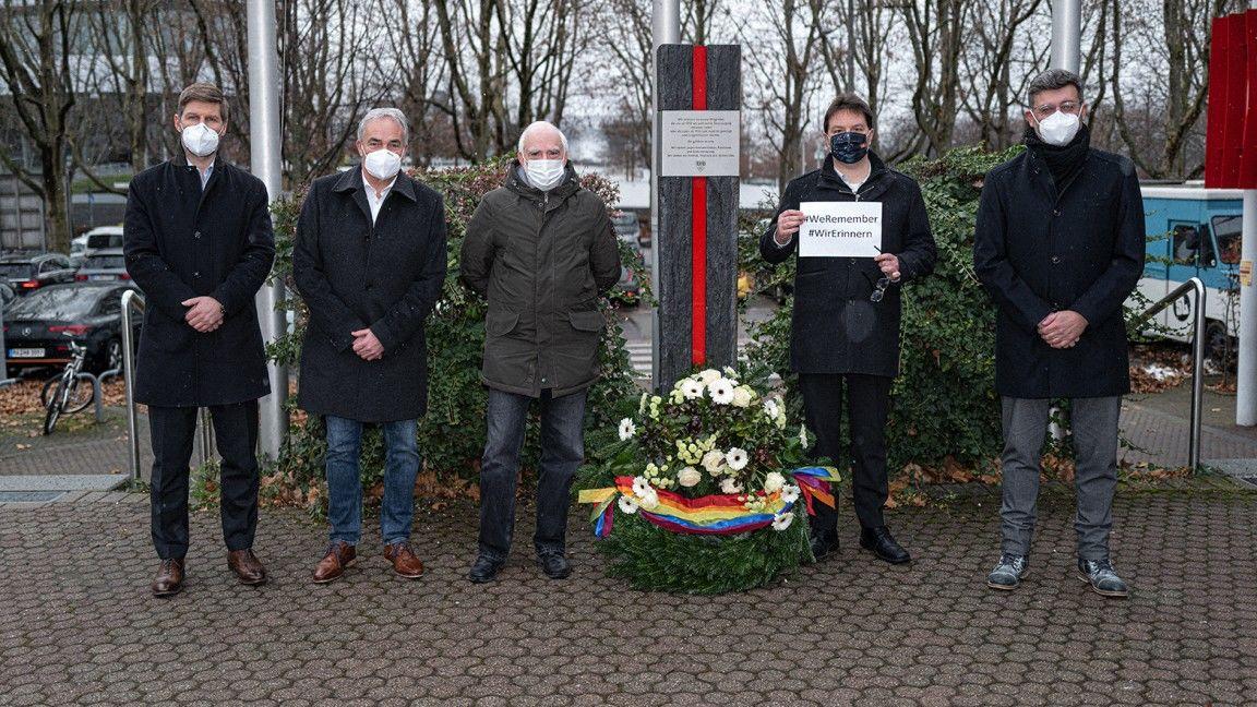 VfB gedenkt der Opfer des Holocaust und wirbt für Vielfalt