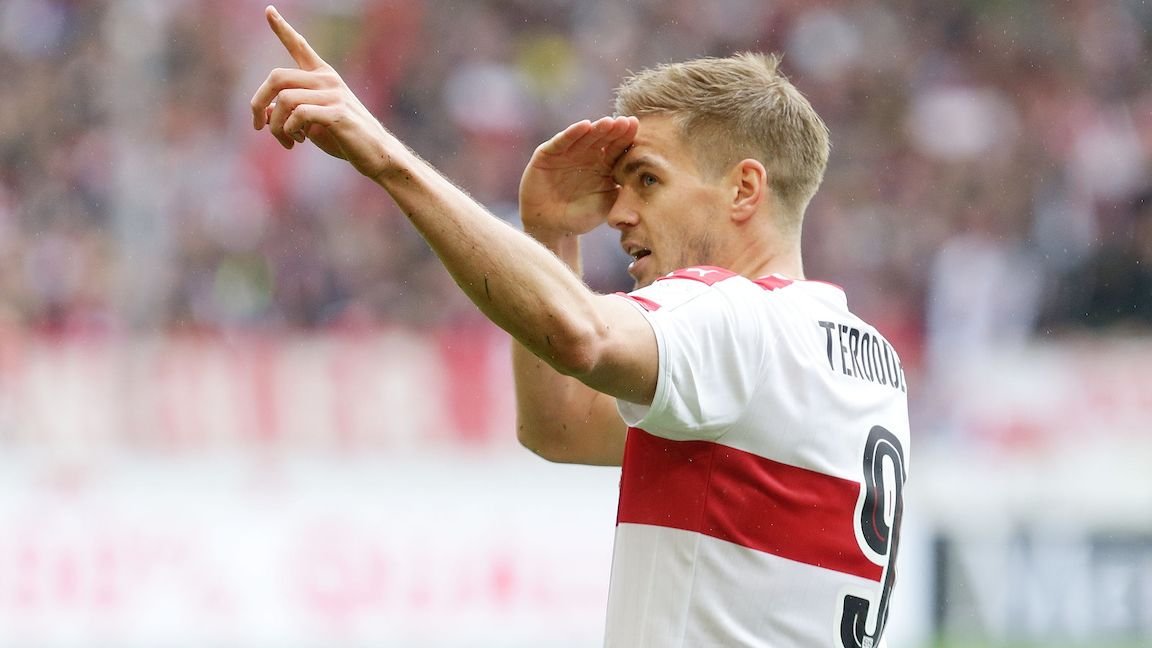 Simon Terodde staying with VfB