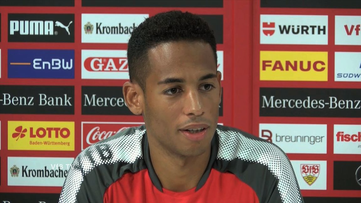 Die Presserunde mit VfB Neuzugang Dennis Aogo