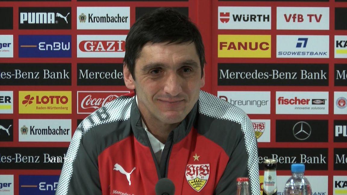 Die VfB PK vor dem Spiel in Augsburg