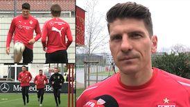 Mario Gomez vor dem Spiel gegen Bayer Leverkusen