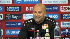 Bayer Leverkusen vor dem Spiel in Stuttgart